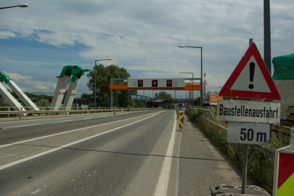 Strassenbau Wien baut auf Glasschaum_5